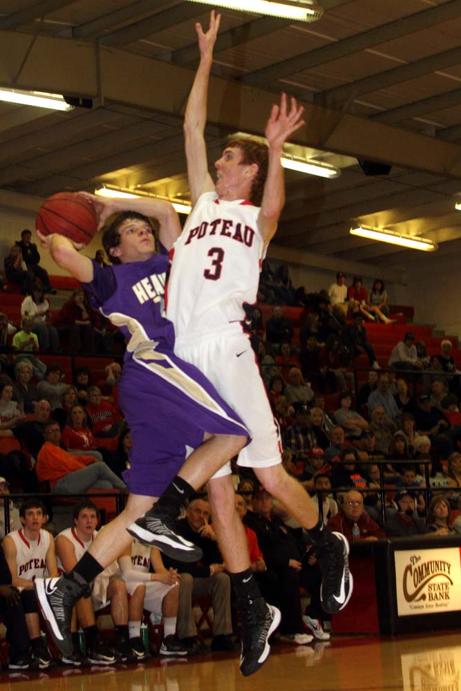 poteau girls Poteau closes out regular season by sweeping sallisaw read more heavener, poteau split monday's games heavener boys, poteau girls win monday's games.