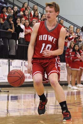 Howe's Marten Timmerman scored 17 points in the win over Central Sallisaw