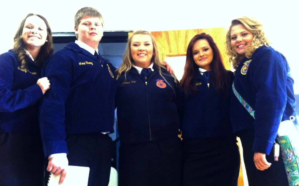 Left to right: Kealy Brandin, Ryder Cruse, Karagin Angel, Remington Wilson and Courtney Hall.