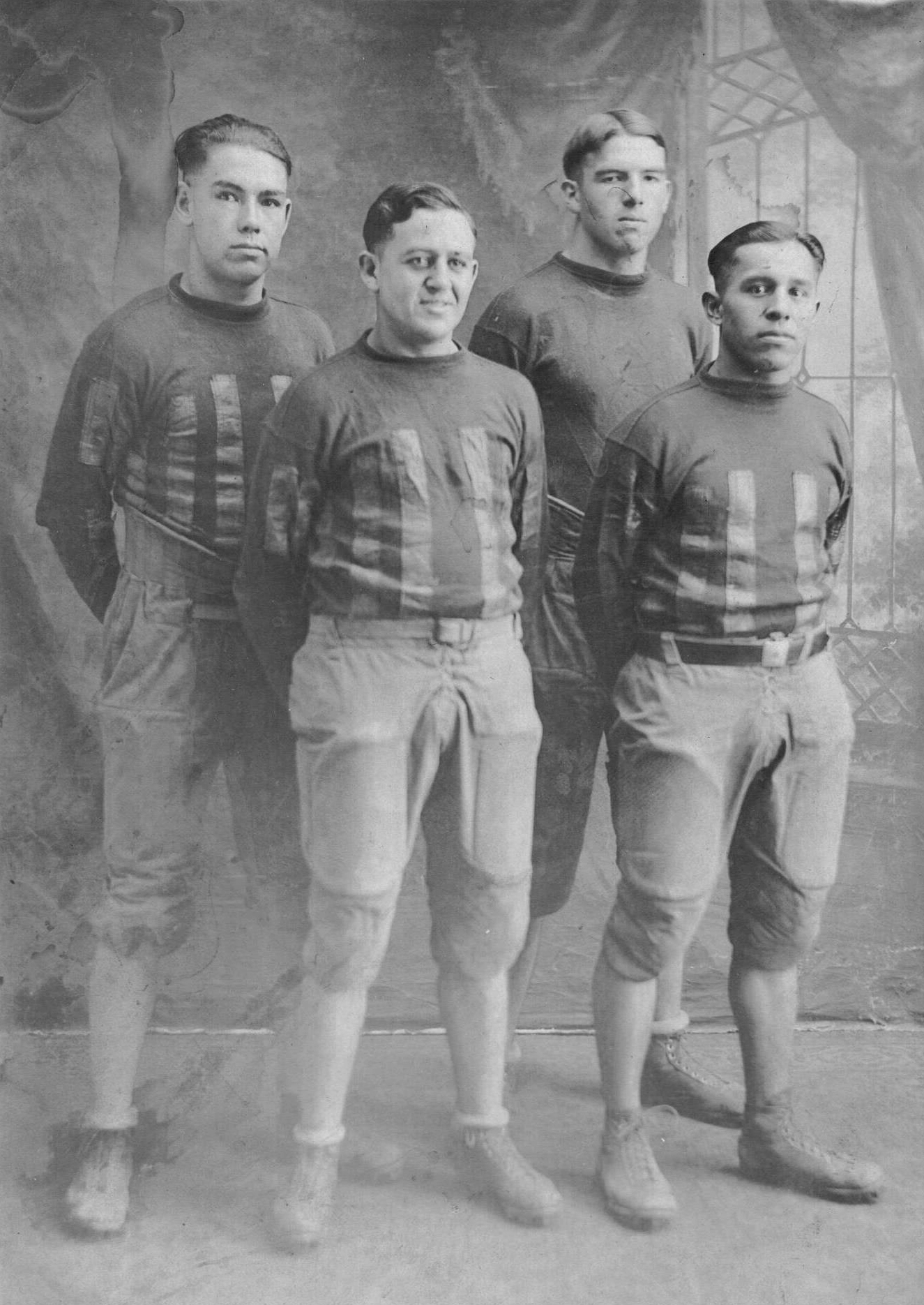 1926 Heavener Wolves